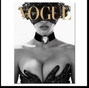 Luxury Vogue Canvas Print